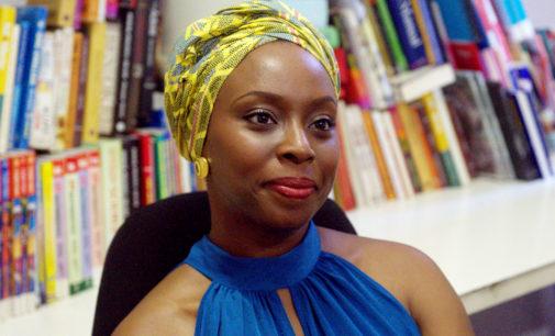 #Nonleggeteilibri – Il femminismo secondo la Adichie coinvolge lo star system