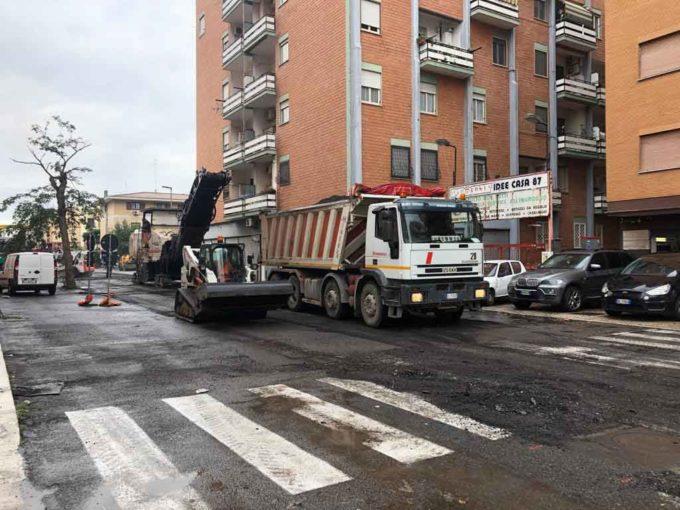 Strade a Pomezia, partono i lavori di manutenzione straordinaria