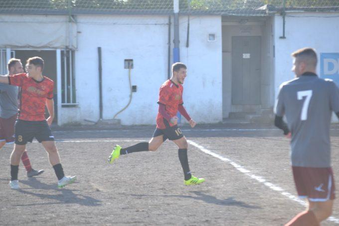 """Real Valle Martella (calcio, II cat.), Fulghieri non basta: """"A Lunghezza un'occasione mancata"""""""