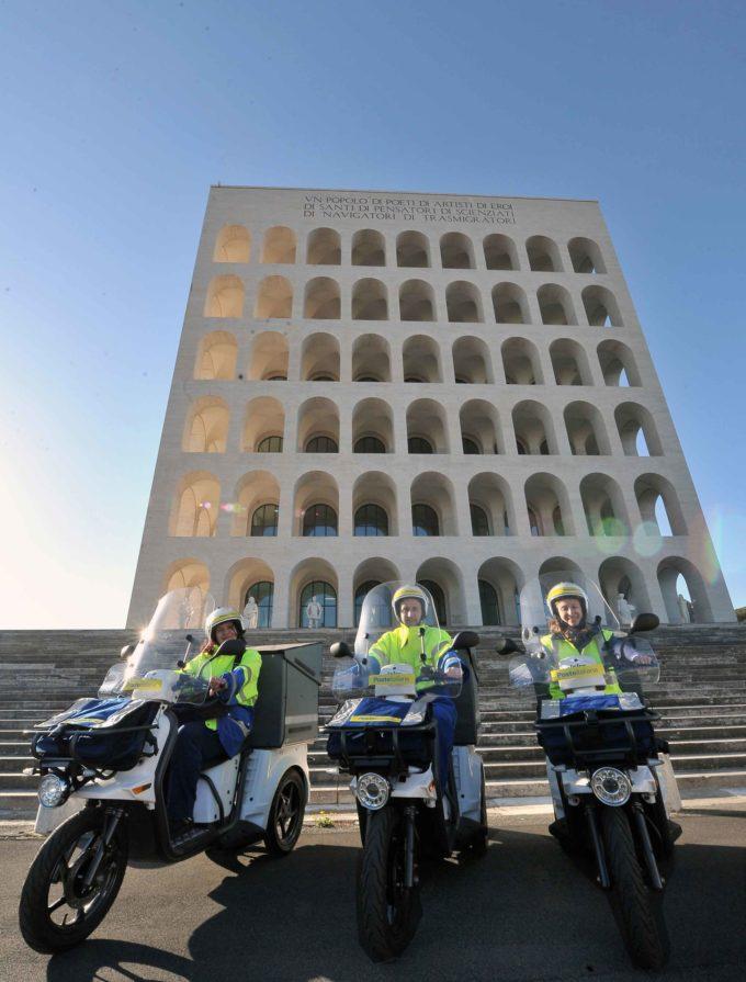 POSTE ITALIANE: LA MOBILITÀ È SEMPRE PIU' SOSTENIBILE