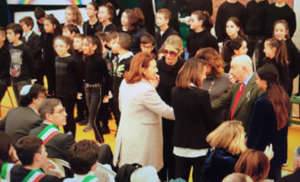 Gli alunni del Gulluni dedicano una giornata di tributo al grande testimone di pace