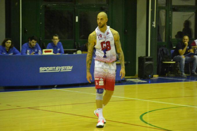 """Club Basket Frascati (C Gold/m), finalmente vittoria. Cecchetti: """"A Fondi successo importante"""""""