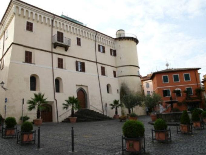 Intervista all' Eccellenza Martinelli, Vescovo della Diocesi di Frascati