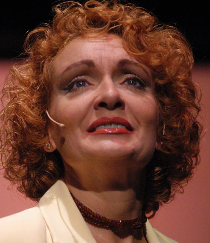 Donatella Pandimiglio in Backstage – 17 MAGGIO dalle ore 20.20-Diretta col cast e spettacolo