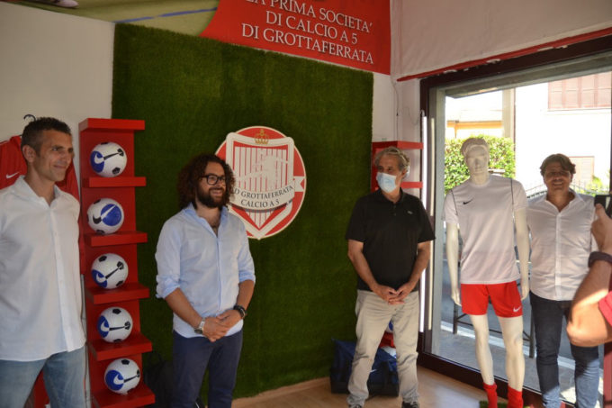 """L'Asd Grottaferrata calcio a 5 (serie C2) """"sposa"""" la Nike. Il presidente Masi: """"Un accordo storico"""""""