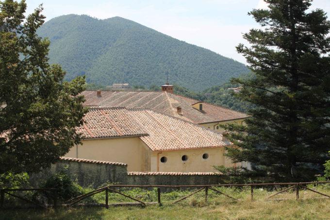 Chiusura dei lavori di copertura della Foresteria nobile nella Certosa di Trisulti (FR)