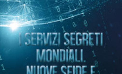 """I """"Servizi segreti mondiali"""" in un libro"""
