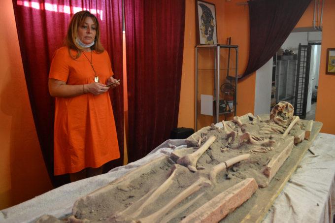 Archeologia a Pomezia, uno scheletro umano del periodo tardo antico perfettamente conservato al Museo Lavinium