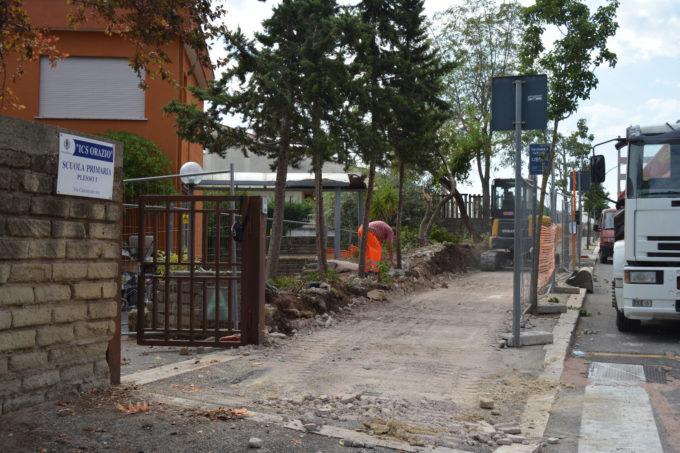 Pomezia – Muro di recinzione alla scuola di via Cincinnato, partiti i lavori