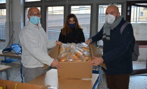 Lotta agli sprechi, consegnate alla Parrocchia di San Bonifacio le eccedenze alimentari della mensa scolastica