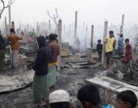 Bangladesh: Save the Children, divampa il fuoco nel campo dei Rohingya a Cox's Bazar, devastando centinaia di case