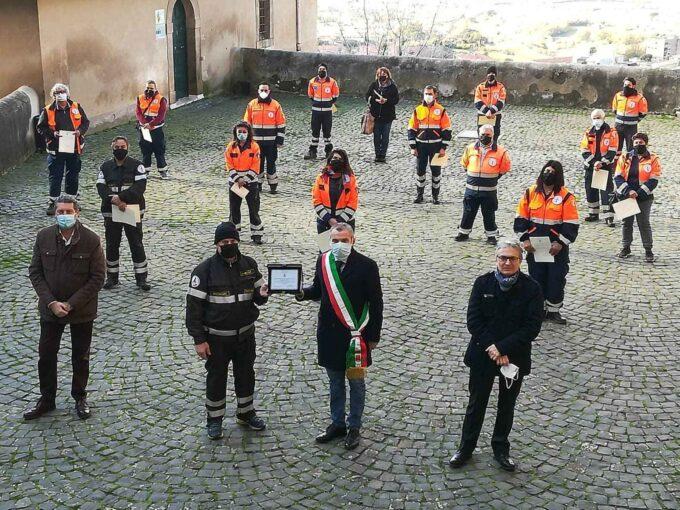 Comune di Cori:_L'amministrazione comunale omaggia la Protezione Civile
