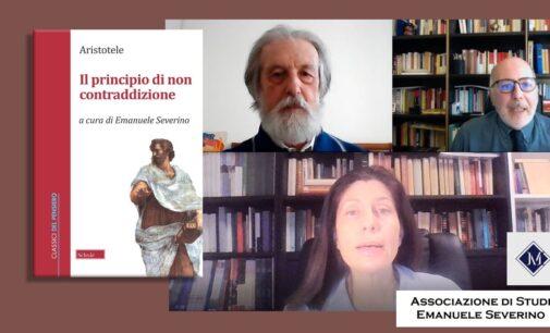 """In ricordo del filosofo Severino, l'omaggio con """"Il principio di non contraddizione"""" di Aristotele"""