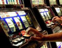 """""""Il gioco d'azzardo patologico – Perdersi e perdere tutto"""""""
