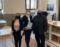 """Valmontone, il libro degli studenti """"Torneremo ad abbracciarci – La pandemia vista con gli occhi dei nostri bambini"""""""