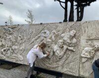 Museo Robazza: il restauro del grande fregio a cura dell'artista Luana Robazza