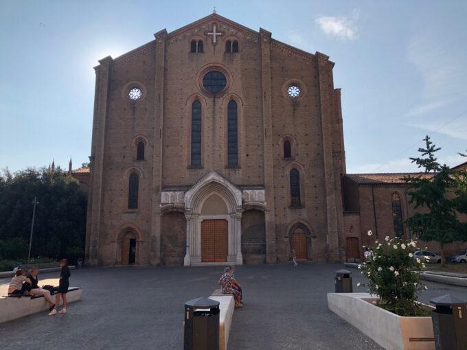 San Francesco di sera  Questa piazza è uno spettacolo!