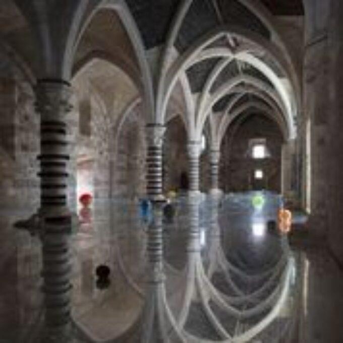 CASTELLO MANIACE – Siracusa | ALFREDO PIRRI apre un dialogo affascinante tra passato e presente, PASSI | 17 maggio – 31 dicembre 2021