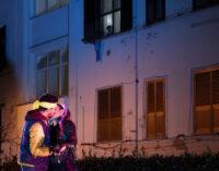 Torna Romeo e Giulietta negli ATER: il teatro nei cortili delle case popolari per La Città Ideale. Dal 20 al 30 maggio