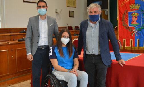 Pomezia – Il Sindaco incontra Michela Fabbri, atleta paralimpica di scherma