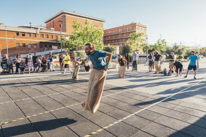 Piazza di Santa Maria in Trastevere – GIOCHI SENZA QUARTIERE