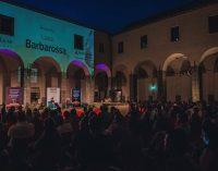 """Gran pienone al Chiostro per la serata di """"Velletri Libris"""" con Luca Barbarossa"""
