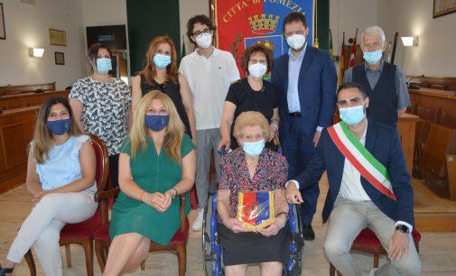 Il Sindaco incontra Teresa Facioni, centenaria di Pomezia