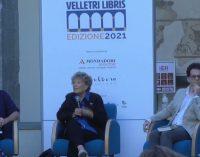 """""""Velletri Libris"""", inaugurazione e subito pienone per Dacia Maraini e Sabina Guzzanti al Chiostro"""