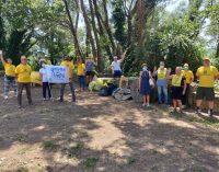 Il viaggio della Goletta dei Laghi di Legambiente continua sul Lago Albano