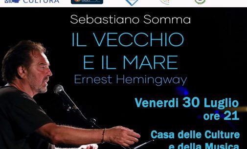 """Sebastiano Somma alla Casa delle Culture legge """"Il vecchio e il mare"""""""