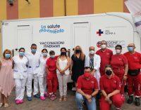 Salute in Movimento, il camper della Asl Roma 6 per i vaccini itineranti anti-Covid arriva a Pomezia