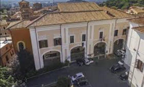 UNA SEDUTA DEL CONSIGLIO COMUNALE DI ALBANO SU CUI RIFLETTERE