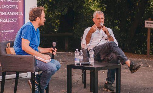 """Luca Manfredi, un friccico ner core e la semplicità di Nino al """"Parco dei libri"""" di Genzano"""