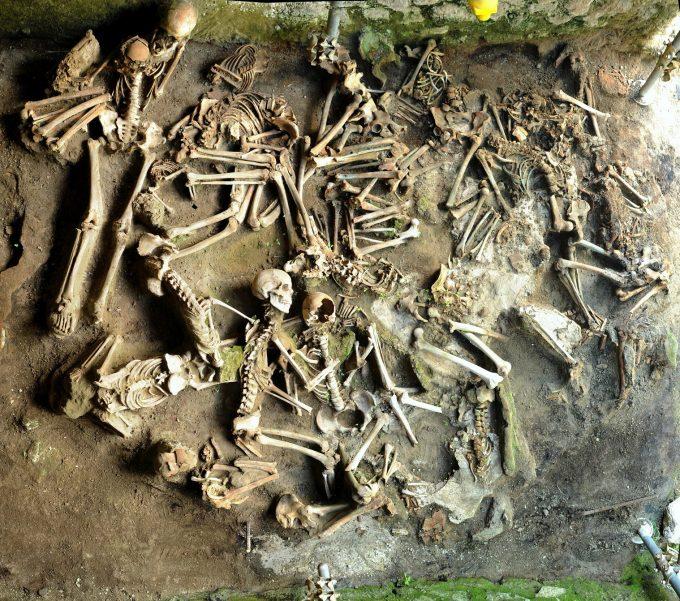 I resti umani di Ercolano: un'istantanea della società