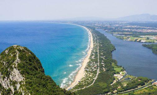 La costa di Sperlonga, Sabaudia e la sua duna dopo l'assalto del turismo di massa, la salvaguardia una battaglia persa?