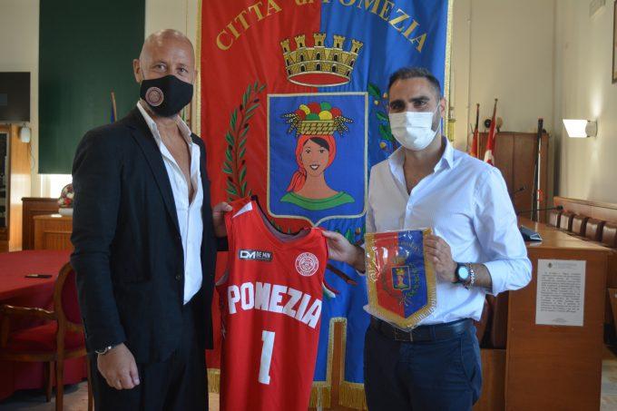 Comune di Pomezia – Il Sindaco riceve la Virtus Pomezia Basket