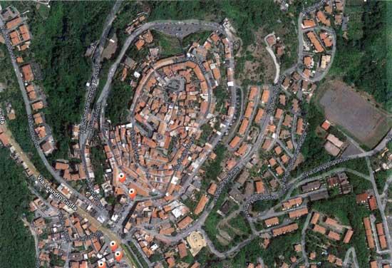 http://www.controluce.it/vecchio/images/stories/Monte_Compatri/monumenti/96-Senza-titolo-1.jpg